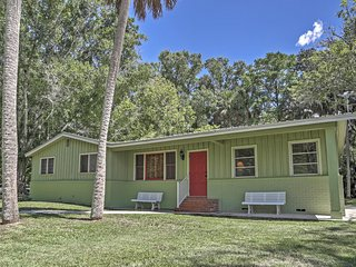 Canalfront 3BR Astor House w/ Boat Slip! - Astor vacation rentals