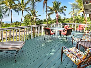 Breezy 2BR Kailua-Kona House w/Wifi, Large Private Lanai & Spectacular Ocean Views - Just 15 Minutes from Downtown Kona! Close to the Area's Best Beaches! - Kailua-Kona vacation rentals