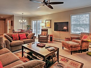 Lovely 3BR Saugatuck Condo w/Wifi, Gas Fireplace & Spacious Porch - Mere Blocks from Downtown & Kalamazoo Lake! Just Across Harbor from Lake Michigan's Stunning Beaches! - Saugatuck vacation rentals