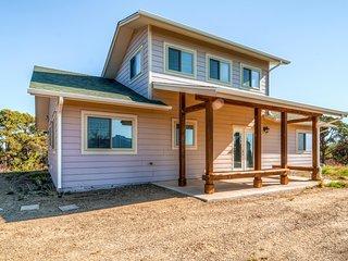 'Home in the Hills' - Bright 2BR Trinidad House - Trinidad vacation rentals