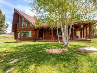 Rustic & Spacious 2BR Coalville House w/Wifi, Stunning Mountain Views & 40 Private Acres of Land - Just Minutes from Park City, Restaurants & Shopping! - Coalville vacation rentals