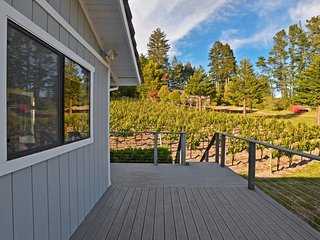 Extraordinary 2BR Sebastopol Townhome w/Wifi, Private Porch & Fantastic Mountain Views - Set on a Premium Pinot Noir Vineyard! - Sebastopol vacation rentals