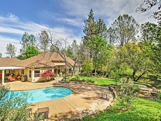 Serene 2BR Redding Home w/Private Pool, Hot Tub & Ballet Room - A Tranquil Retreat Near Hiking Trails, the Sacramento River & More! - Redding vacation rentals
