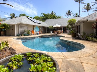 Quaint Beachside 1BR Kailua Cottage w/Wifi, Private Yard & Pool/Hot Tub Access - Peaceful Neighborhood Location! Just Steps from the Beach! - Kailua vacation rentals