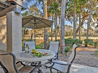 Bright & Airy 4BR Hilton Head Island Townhouse w/Wifi, Open Floor Plan & Resort Amenities - Easy Access to Golfing, Restaurants, Shopping & the Beach! - Hilton Head vacation rentals