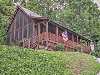 'B&D's Honeypot' 1BR+Loft Sevierville Cabin - Sevierville vacation rentals