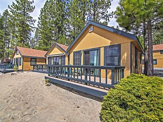 Lakefront 1BR Tahoe Vista Cabin w/Wifi, Private Deck & Breathtaking Lake Views - Close to an Abundance of Amazing Outdoor Attractions! - Tahoe Vista vacation rentals