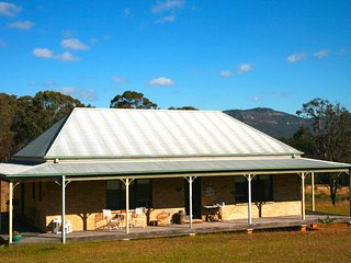 Colette Cottage - Lovely country property - Pokolbin vacation rentals