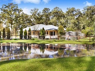 Rosedale Estate - Beautiful large country property - Lovedale vacation rentals