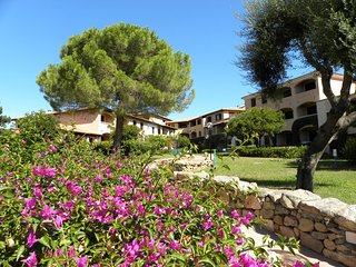 Residence Eurotel Bouganville Bilocale Sabato - Porto Rotondo vacation rentals