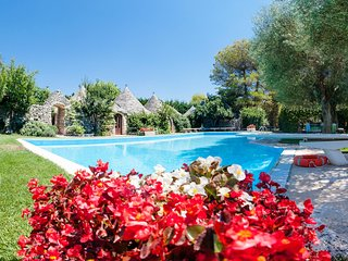 Trulli Country Golf: Luxury Trulli Complex w/ Pool - Gioia del Colle vacation rentals