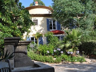 Le Rayol-Canadel, Côte-d`Azur/ 60 m2/ app. 4 pers./ plage 50m/ jardin exotique - Le Rayol-Canadel vacation rentals