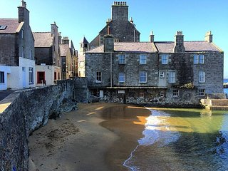 Sea Winds, Townhouse in the Lodberries, Lerwick - Lerwick vacation rentals