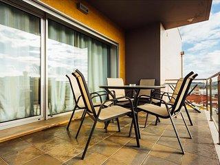 Apartamento T3 | Perto de mercado e com Piscina Exterior Aquecida - Sao Martinho do Porto vacation rentals