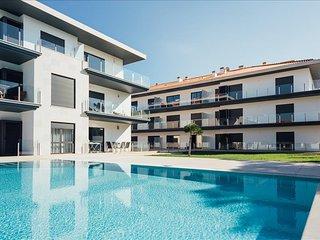 Apartamento T2 Com Piscina e a 5 min a pe da praia de Sao Martinho do Porto - Sao Martinho do Porto vacation rentals