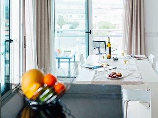 Apartamento T2 com Enorme Piscina na zona Salir do Porto - Salir do Porto vacation rentals