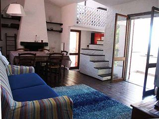 Bright 4 bedroom Solanas Villa with Television - Solanas vacation rentals