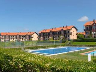 GOLF, TENNIS, POOLS, SPA & GYM. MOUNTAINS & COAST, AMAZING VIEWS, COSTA VERDE. - Comillas vacation rentals