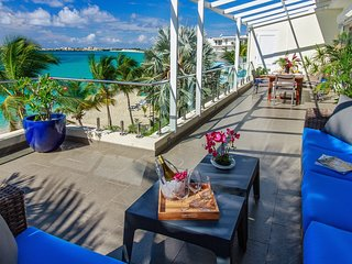 Le Papillon - Modern Beachfront Unit, stunning view, great amenities - Simpson Bay vacation rentals