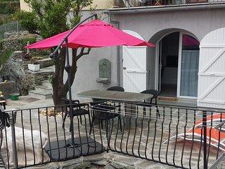 joli studio grande terrasse et clim - Ville-di-Pietrabugno vacation rentals