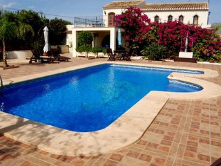 5 bedroom Villa with Internet Access in Pamis - Pamis vacation rentals