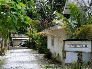 CHIPPEWA STONE HOUSE: great location and price - Negril vacation rentals