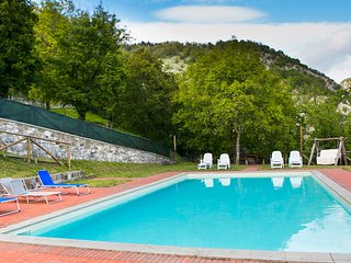 Casa Merico, house on eco-farm with private pool - Corfino vacation rentals