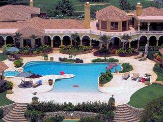 Oceanfront 8BR Cabrera 'Villa Castellamonte'! - Cabrera vacation rentals