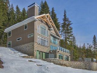 Nice Ski chalet with Washing Machine and Balcony - Revelstoke vacation rentals