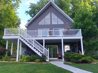 Perfect House with Deck and Internet Access - Goodview vacation rentals