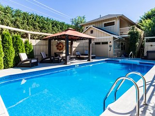 A private pool & hot tub await at this dog-friendly Cabana-style home! - Manson vacation rentals