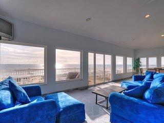 The Villa Loft..oceanfront 2 bedroom/2 bath house - Carolina Beach vacation rentals