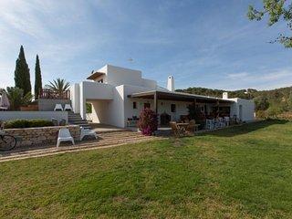 4 bedroom Villa in San Carlos, Islas Baleares, Ibiza : ref 2227651 - Es Codolar vacation rentals