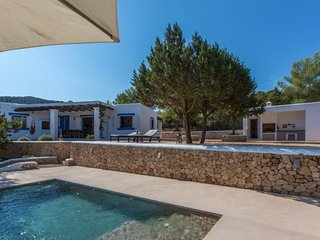 3 bedroom Villa in Cala Tarida, Islas Baleares, Ibiza : ref 2227657 - Cala Tarida vacation rentals