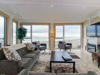 Gorgeous oceanfront condo with great sea views, shared hot tub, beach access - Rockaway Beach vacation rentals