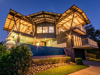 4 bedroom House with A/C in Hamilton Island - Hamilton Island vacation rentals