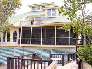 Beautiful 4 bedroom House in Harbor Island - Harbor Island vacation rentals