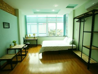 An Nhien hotel apartment with 4 studios, big kitchen, nice place, near D1 - Ho Chi Minh City vacation rentals