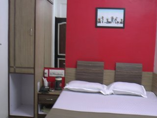 Comfortable 31 bedroom Ahmedabad Guest house with Internet Access - Ahmedabad vacation rentals