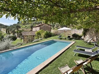 5 bedroom Apartment in Capannori, Tuscany Nw, Tuscany, Italy : ref 2385738 - Capannori vacation rentals