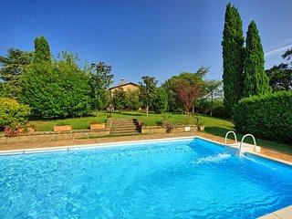 3 bedroom Apartment in Cetona, Val D orcia, Tuscany, Italy : ref 2385889 - Cetona vacation rentals