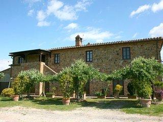 7 bedroom Apartment in Torrita Di Siena, Val D orcia, Tuscany, Italy : ref - Torrita di Siena vacation rentals