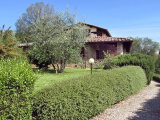 4 bedroom Apartment in Torricella, Central Tuscany, Tuscany, Italy : ref 2386213 - Torricella vacation rentals