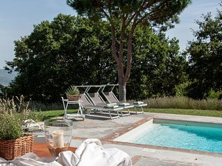 6 bedroom Villa in Fighine, Val D orcia, Tuscany, Italy : ref 2386259 - Palazzone vacation rentals