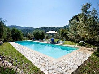7 bedroom Villa in Bagno a Ripoli, Valdarno, Tuscany, Italy : ref 2386325 - Bagno a Ripoli vacation rentals