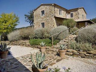 4 bedroom Apartment in La Campigliola, Maremma, Tuscany, Italy : ref 2386433 - La Campigliola vacation rentals