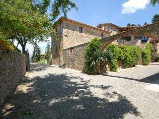 3 bedroom Villa in Quercegrossa, Chianti, Tuscany, Italy : ref 2386464 - Quercegrossa vacation rentals