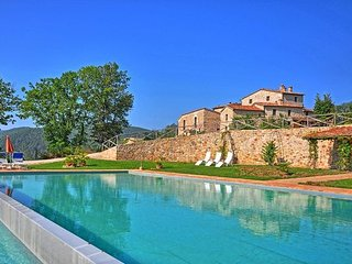 14 bedroom Villa in Iesa, Val D orcia, Tuscany, Italy : ref 2386528 - San Lorenzo a Merse vacation rentals