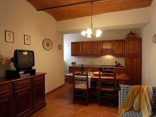 2 bedroom Apartment in Saturnia, Maremma, Tuscany, Italy : ref 2386569 - Saturnia vacation rentals