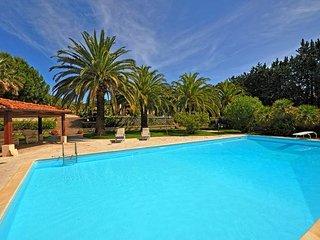 5 bedroom Villa in Marina Di Campo, Maremma, Tuscany, Italy : ref 2386580 - Marina Di Campo vacation rentals